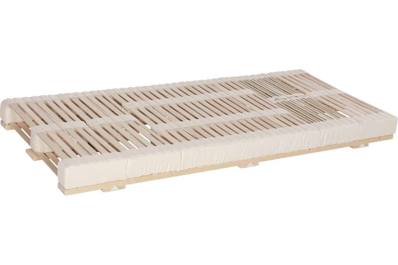 Das Lamellensystem Naturform hat eine hohe Einsinktiefe bis 90 mm. Ausführung: starr