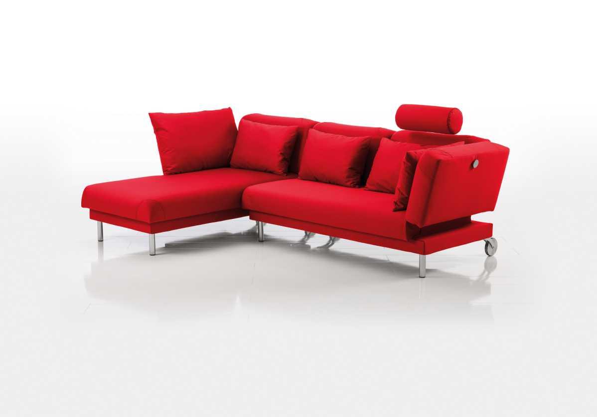 tam Sofa in rot von Bruehl