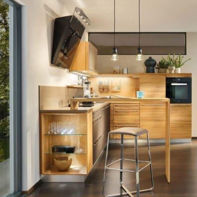 L1 Küche in Kernbuche. Einbauschränke L1 mit Holzfronten.