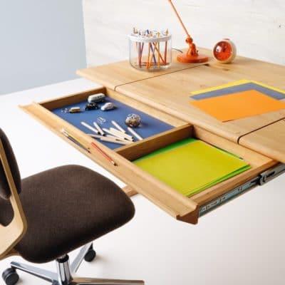 Schreibtisch Mobile in Erle mit Lade